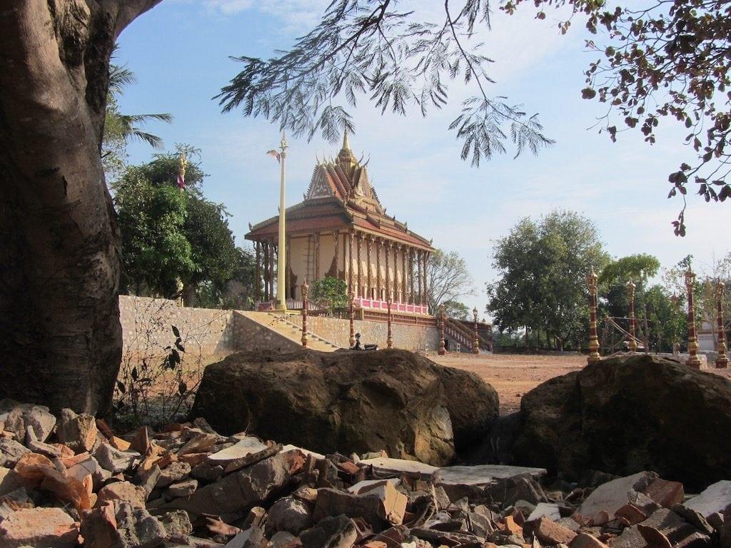 Una pagoda all'ingresso del Parco Nazionale di Kep