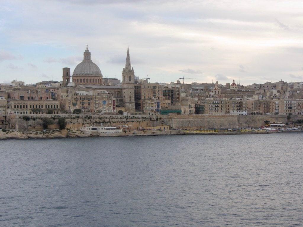 La cupola della Cattedrale di San Paolo che domina Valletta