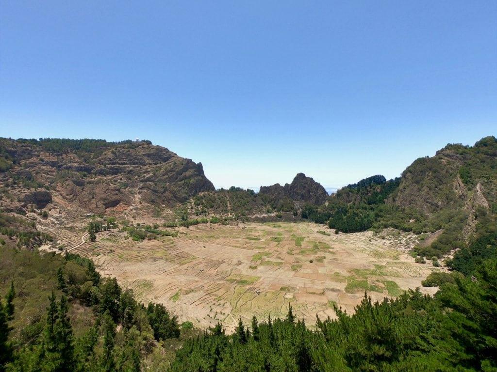 Il cratere di Cova coltivato