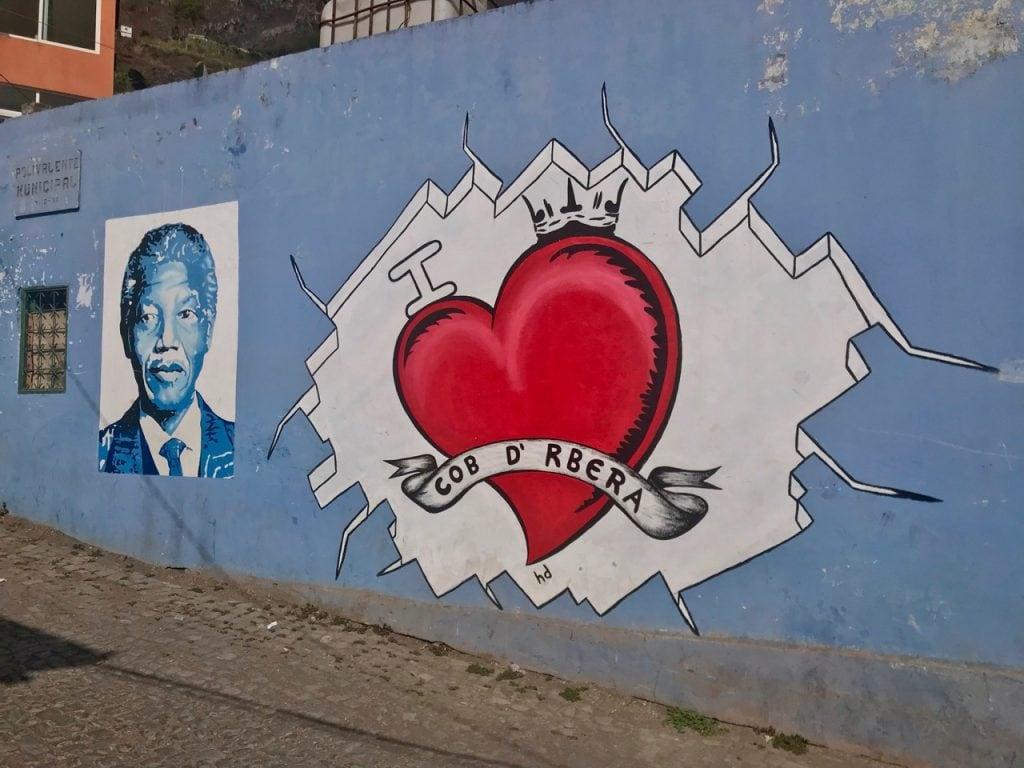 Murales di Mandela a Cabo de Ribeira