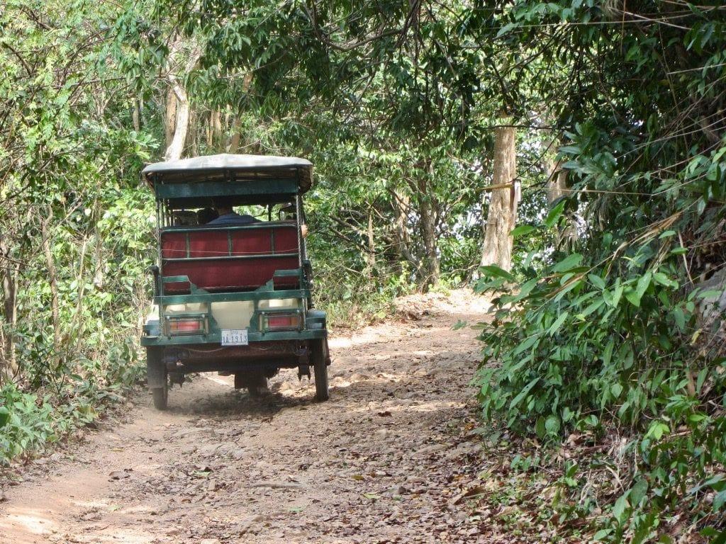 Tuktuk nel Parco Nazionale di Kep
