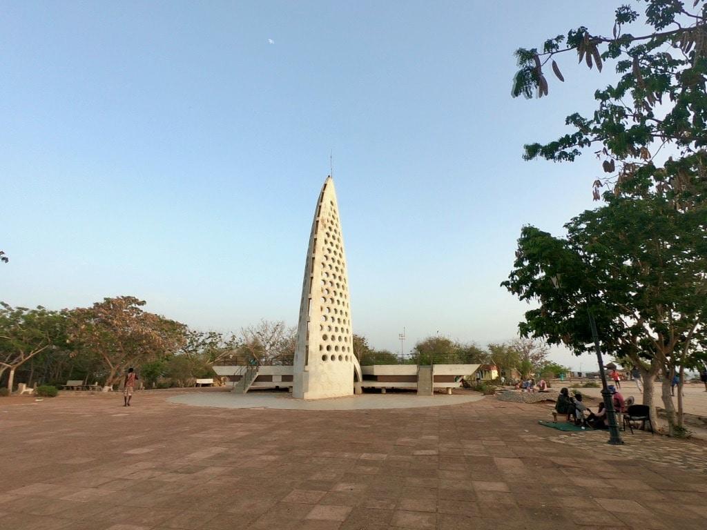 Il monumento alla seconda guerra mondiale di Gorée
