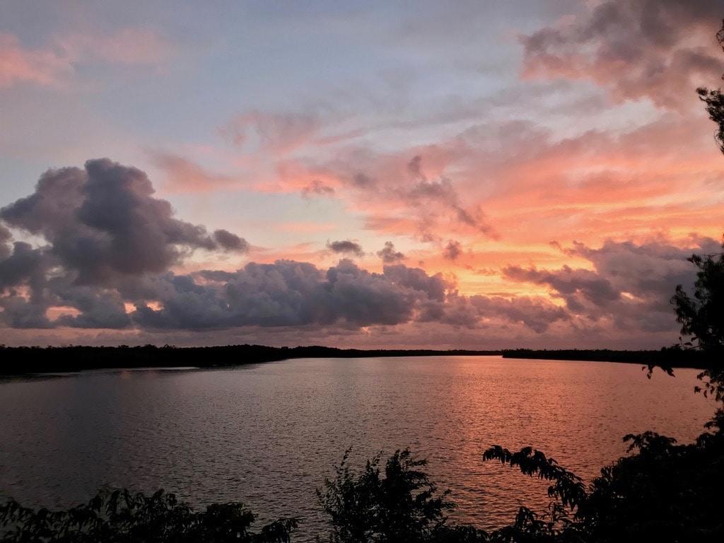 Il tramonto sul fiume Casamance visto da Egueye