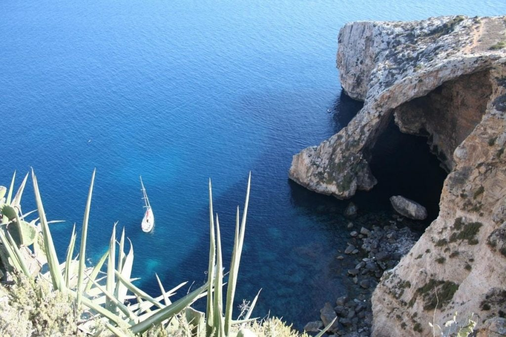 posti da visitare malta blue grotto