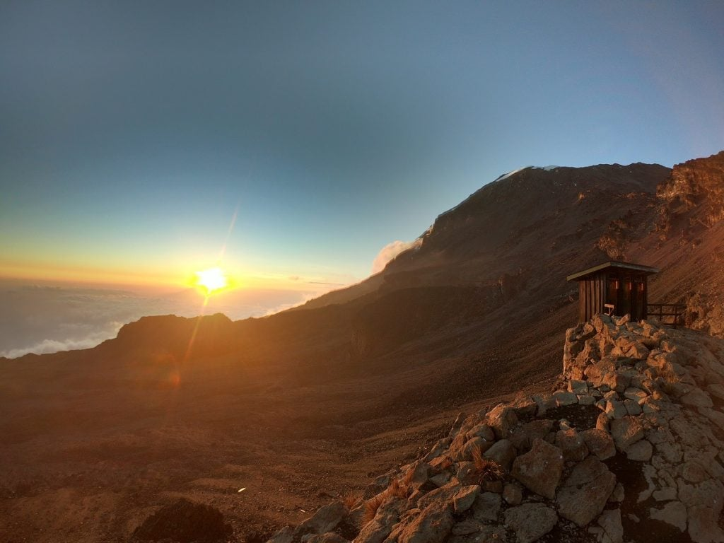 tramonto sul kilimangiaro da barafu camp